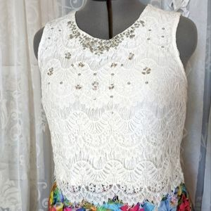 FOREVER NEW size 12-16 off-white lace crop top